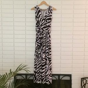 Jennifer Lopez B&W Zebra Print Maxi Dress